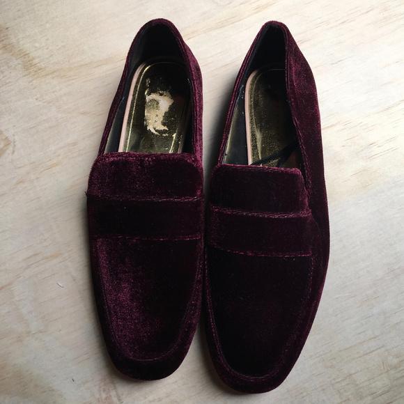 Zara Trafaluc Burgundy Velvet Loafers 35 NWOT